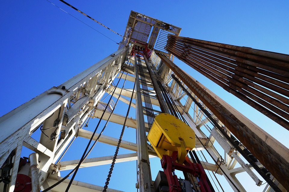 Thanks to Efficiencies, Many Oil Jobs Are Not Coming Back