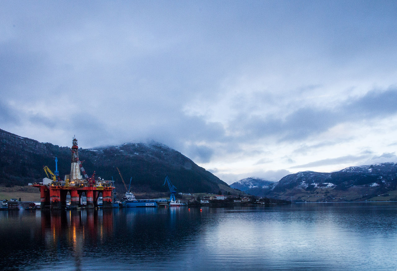Norway Oil-Wage Talks Near Deadline as 10 Percent of Output at Risk
