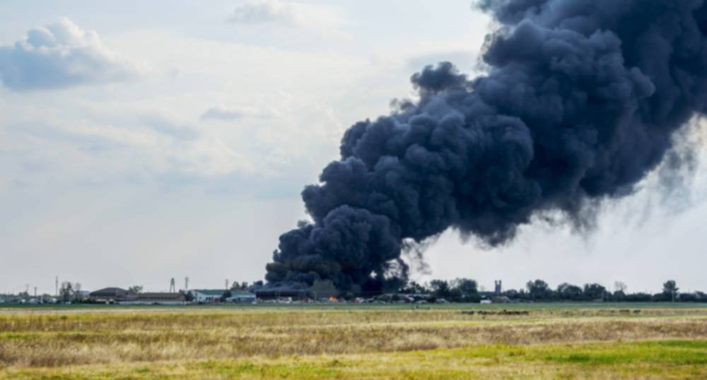 Oil Well Explosion in Central Texas Injures 3, Active Fire Still Burning Says Reports
