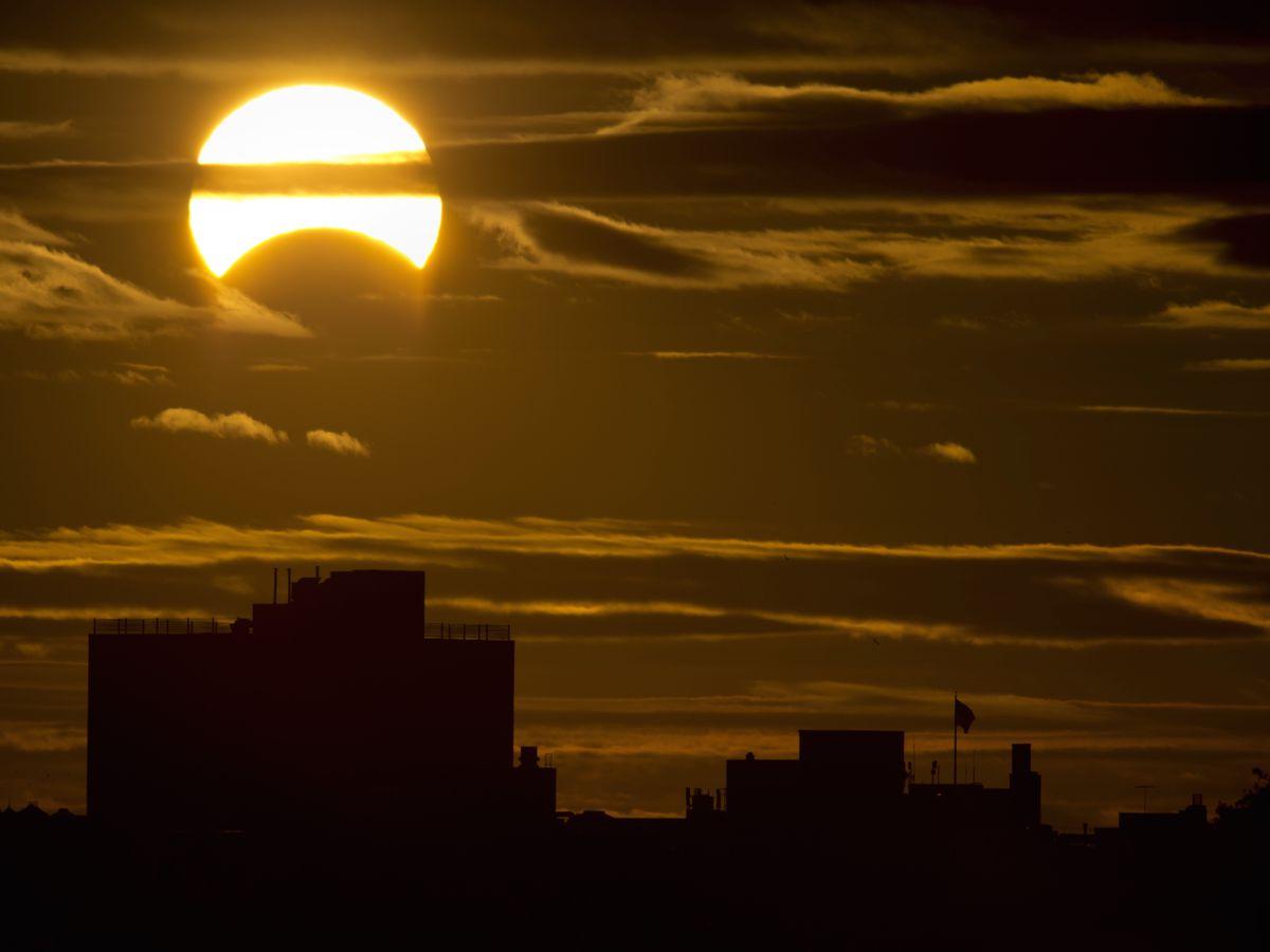 """Irregular Human-Behavior Patterns"" Confound Eclipse Energy Predictions"