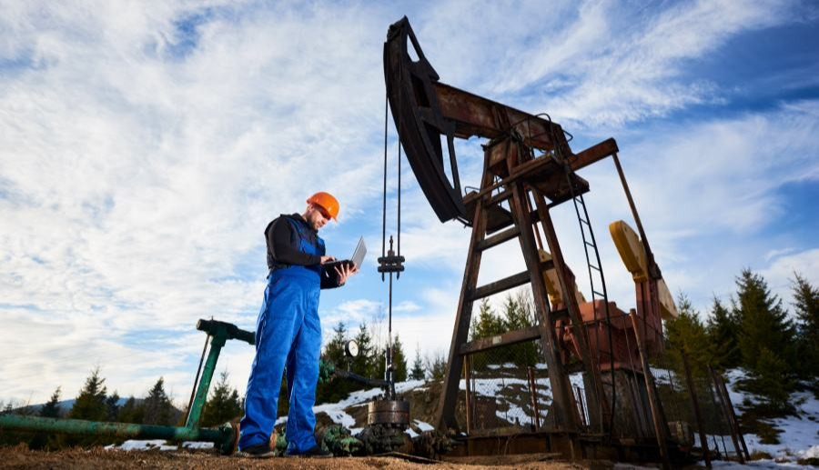 Free Resource for Alberta Oilfield & Skilled Trades Workers: Career Leap