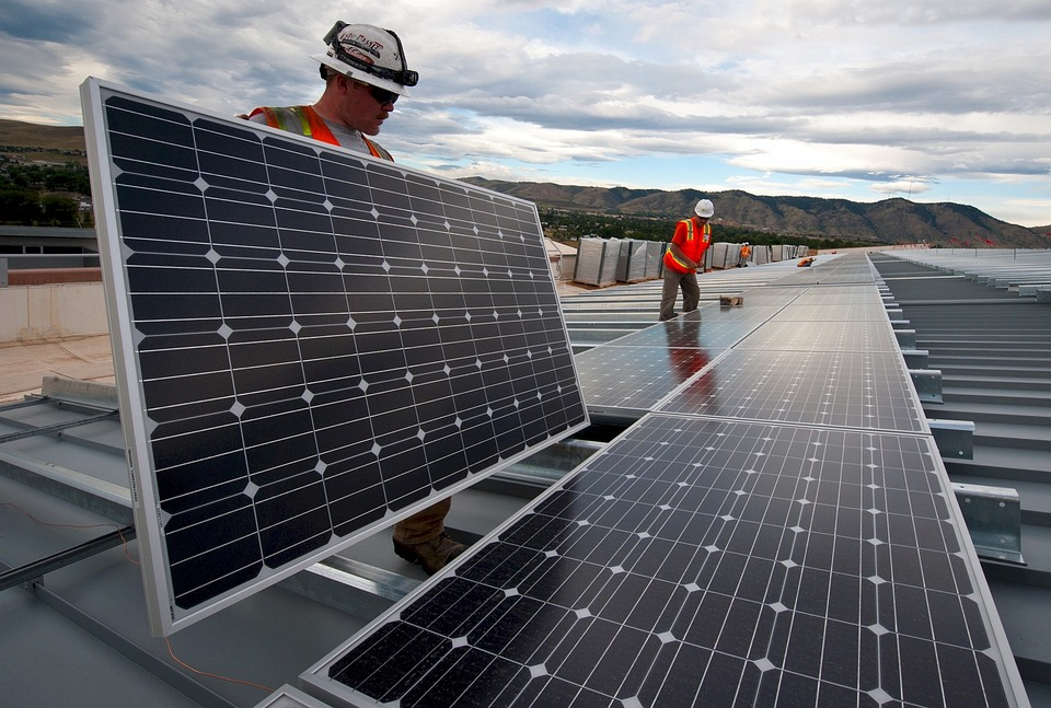 Big Oil Is Investing Billions to Gain a Foothold in Clean Energy