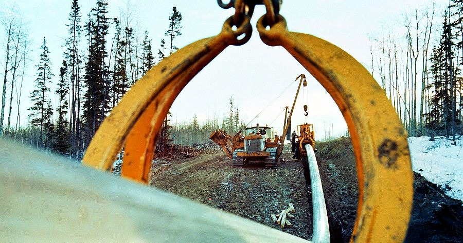 WHMIS:  Why Is It Important for Oilfield, Pipeline, Construction & Skilled Trades?