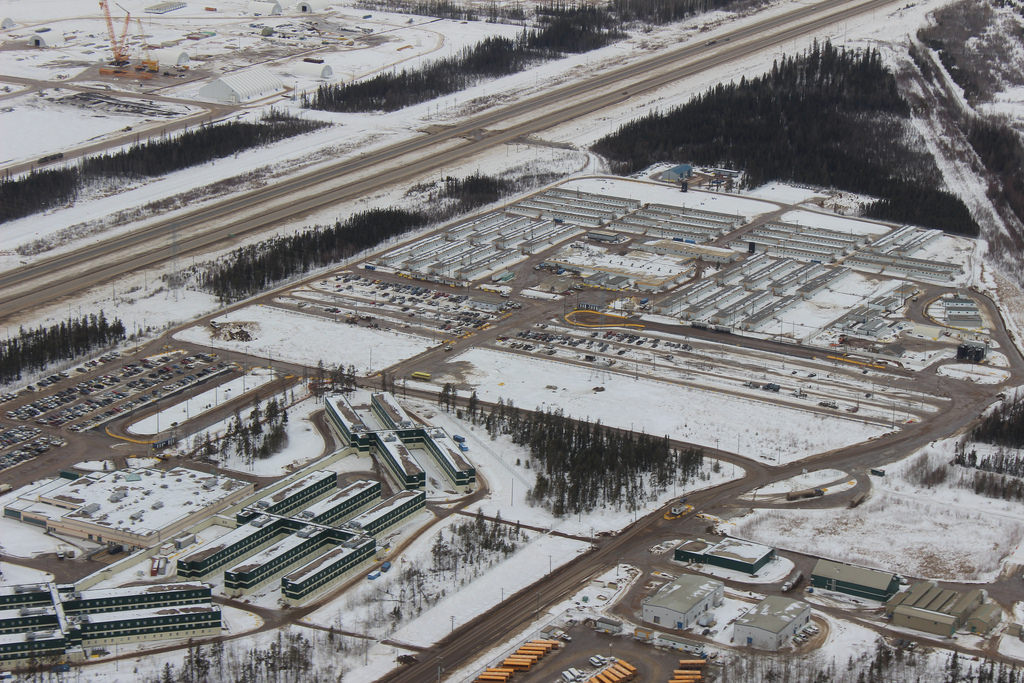 Canada to Monitor Oil Sands Impact