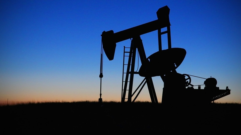 Can Oil & Gas Employment Keep Up With Production?