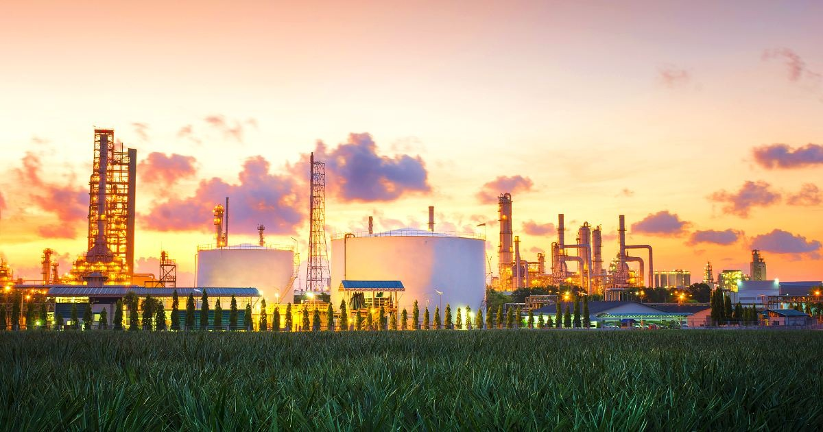 The 8 Best Paying Jobs in the Natural Gas Distribution Industry