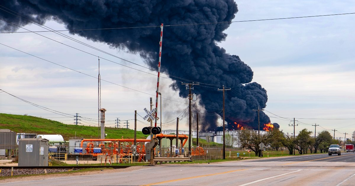 The 7 Biggest Accidents in the History of the Oil and Gas Industry
