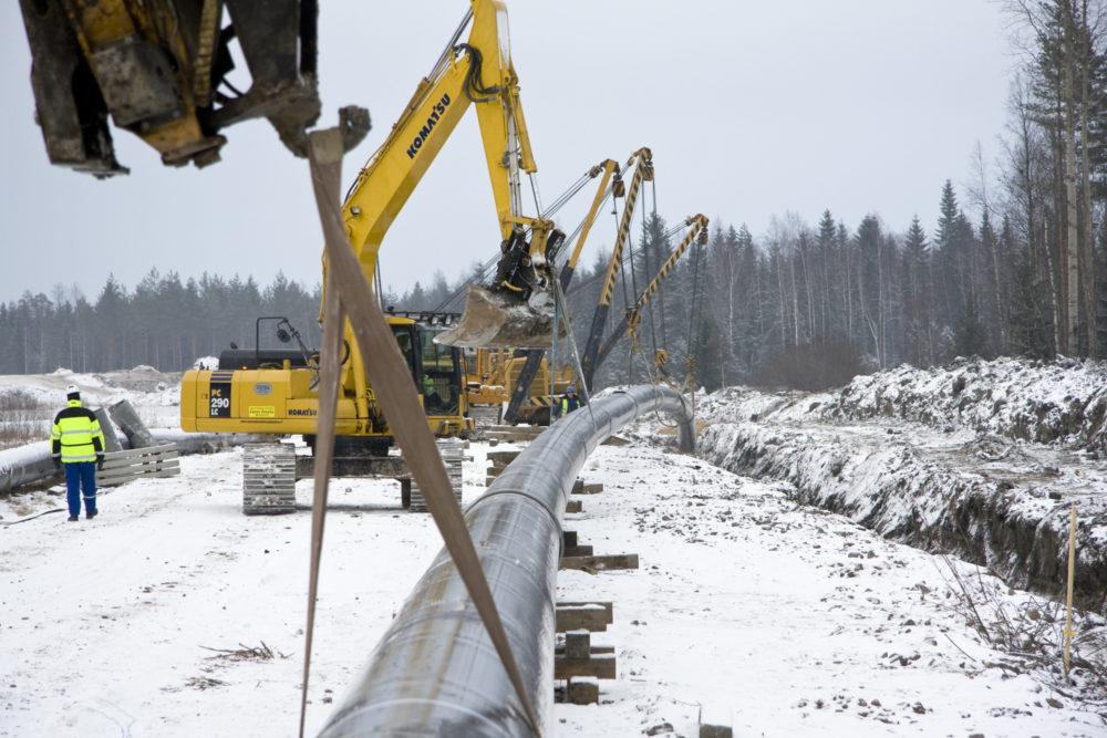 Canada Trims Pipeline Reviews as Industry Seeks More Details