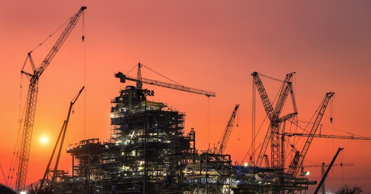 Construction Jobs in the Oil and Gas Industry - Where They Are and How to Get Them