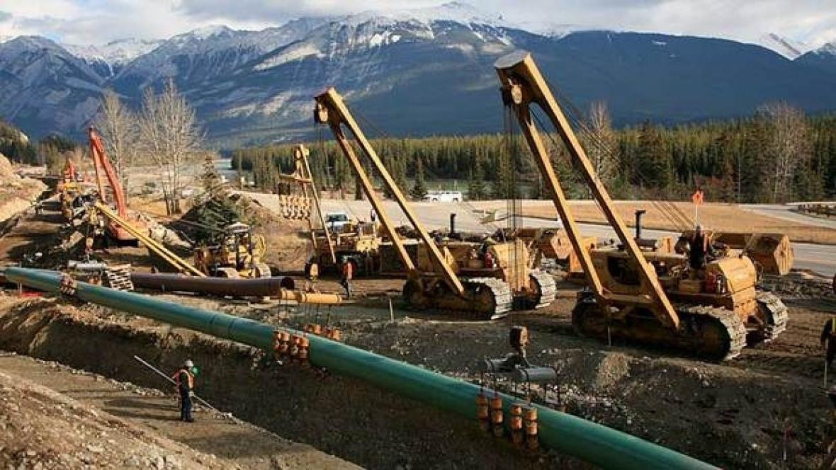 Alberta Opposition Escalates BC Pipeline Row