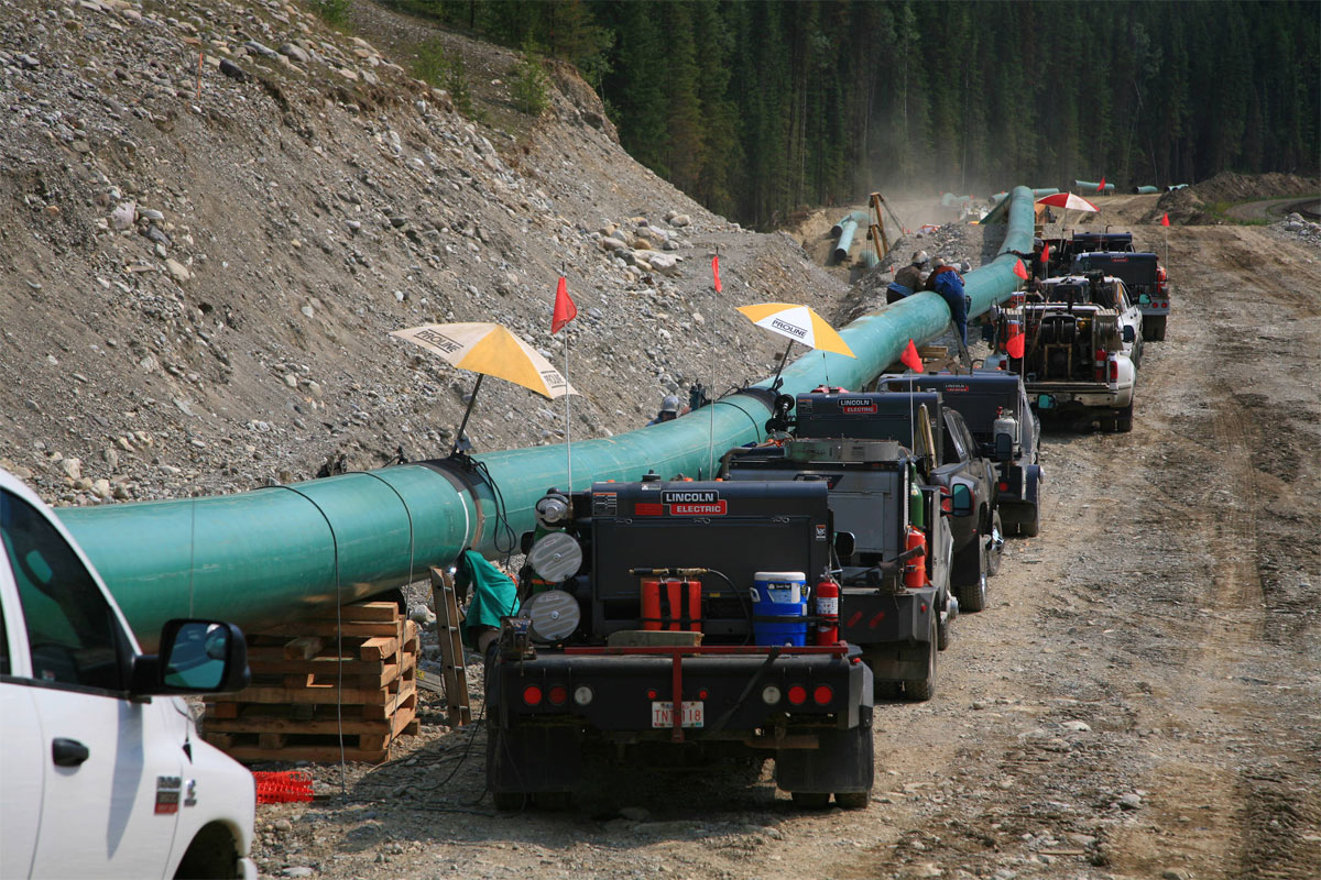 Canada Explores Options as Controversial Pipeline Work is Halted