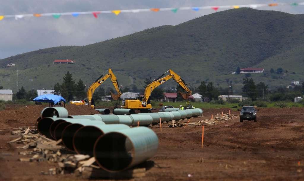 Provinces Line Up Against BC in Kinder Pipeline Battle