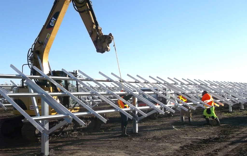 Alberta's Oilsands Workers Should Look to Solar for Job Prospects