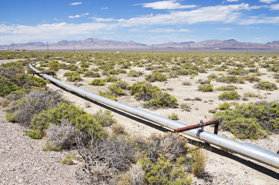 Is It Time to Stop Investing in New Oil and Gas Pipelines?
