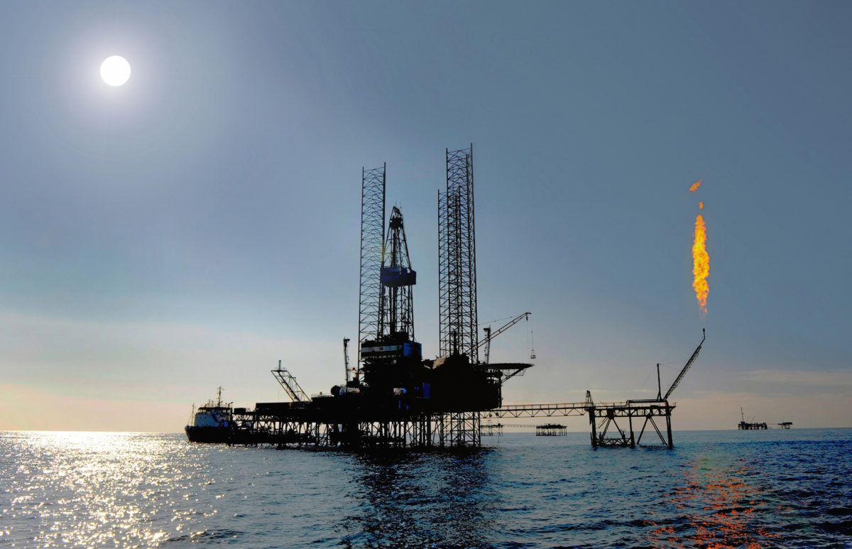 US Becomes World's Largest Oil Producer