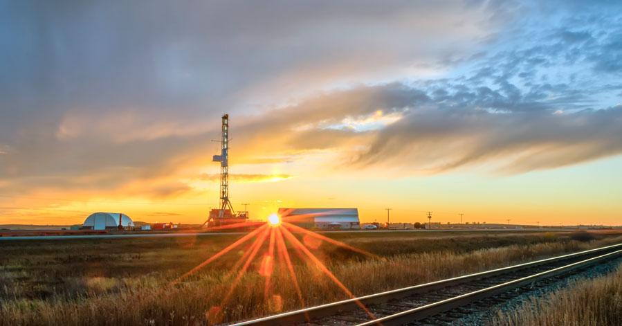 Alberta Invites Refinery Proposals to Prevent Future Oil Shocks