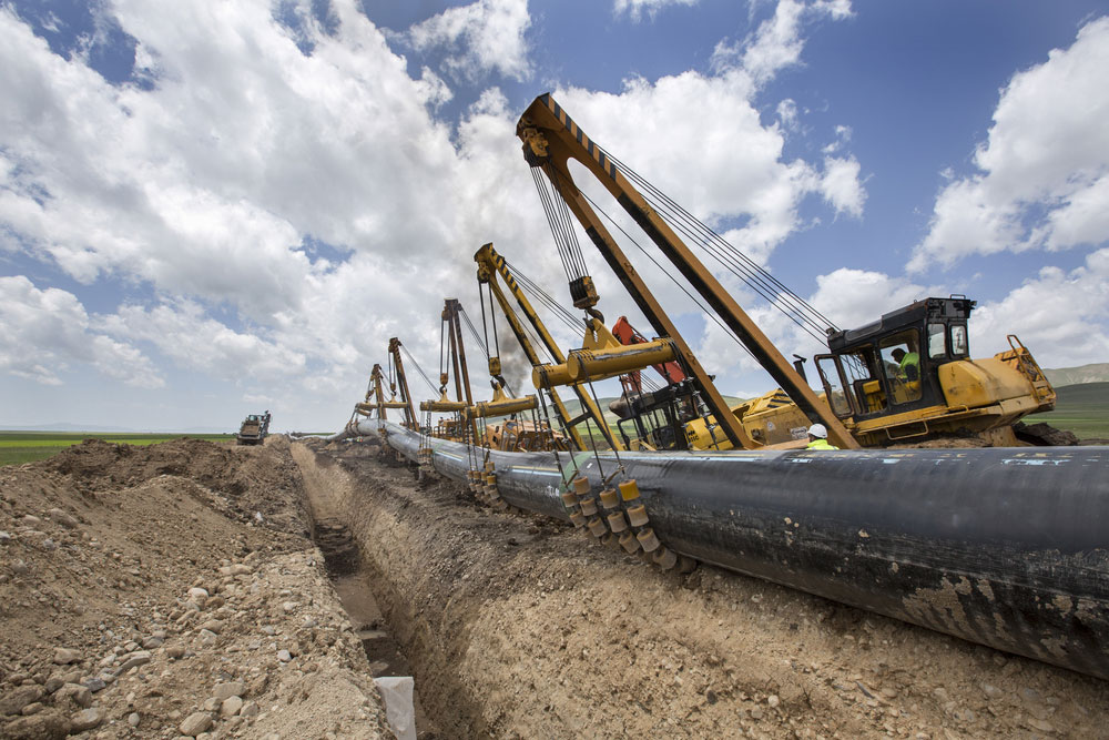 New Pipelines Drain West Texas Crude to Four-Month Low