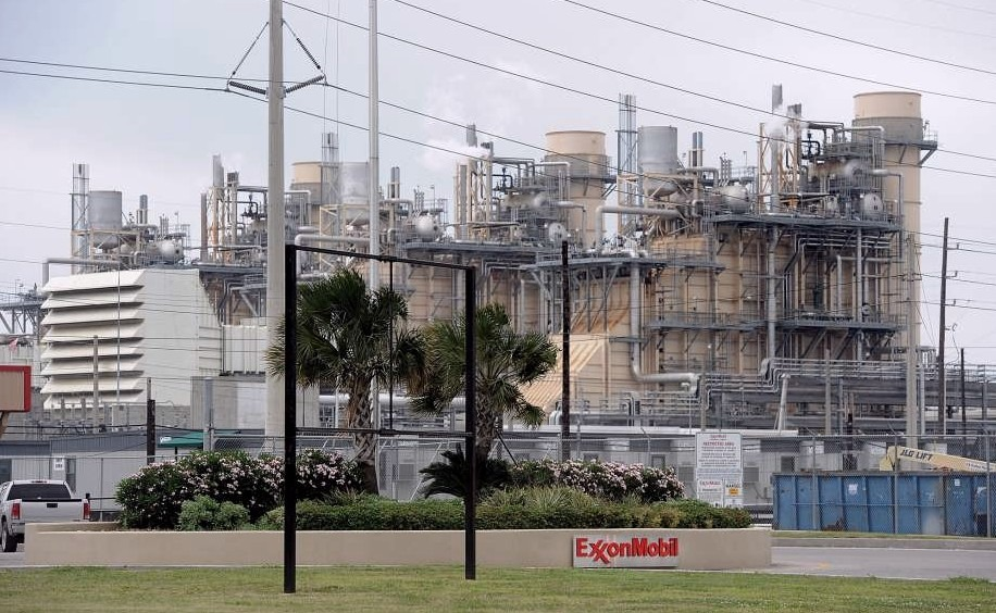 Exxon Mobil Beaumont Shuts down with TX & LA in 'Life Saving Mode'